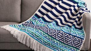 Cobertor de mosaico com listras saudáveis de crochê