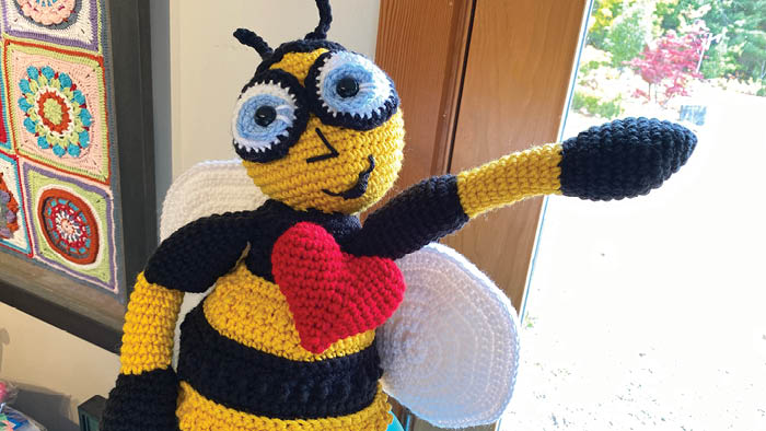 Crochet Bubble Hearts on Bee