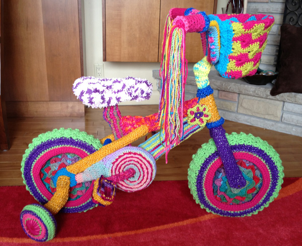 Learn how to crochet a yarn bike.