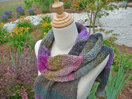 Use An Addi Express Knitting Machine Color Blend Scarf