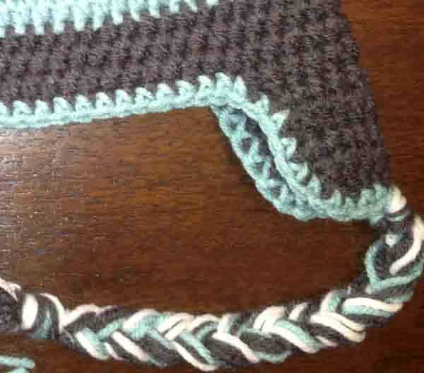 ear flap hat zoomed in picture for crochet