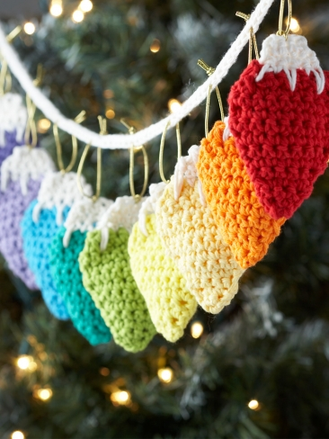 Holiday Garland Lights Crochet Pattern