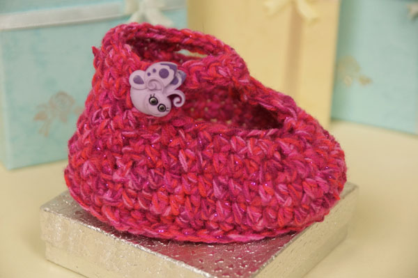 Crochet Ruby Slipper Baby Booties Pattern